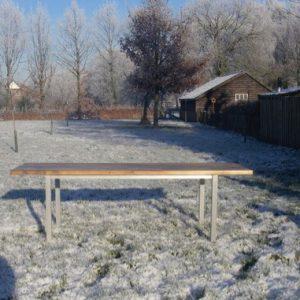 Maatwerk houten tafel